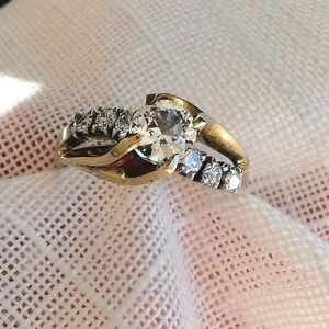 Vintage 70's Sterling Silver Gold cz ring sz 7